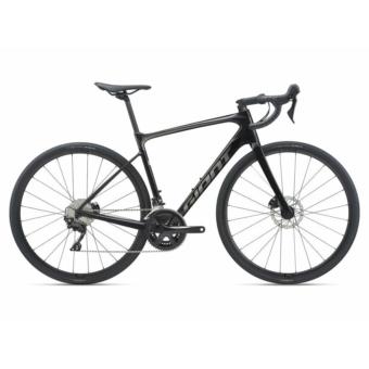 Giant Defy Advanced 2 2021 Férfi országúti kerékpár